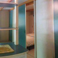 Camping Prados Abiertos en Gredos interior bungalow
