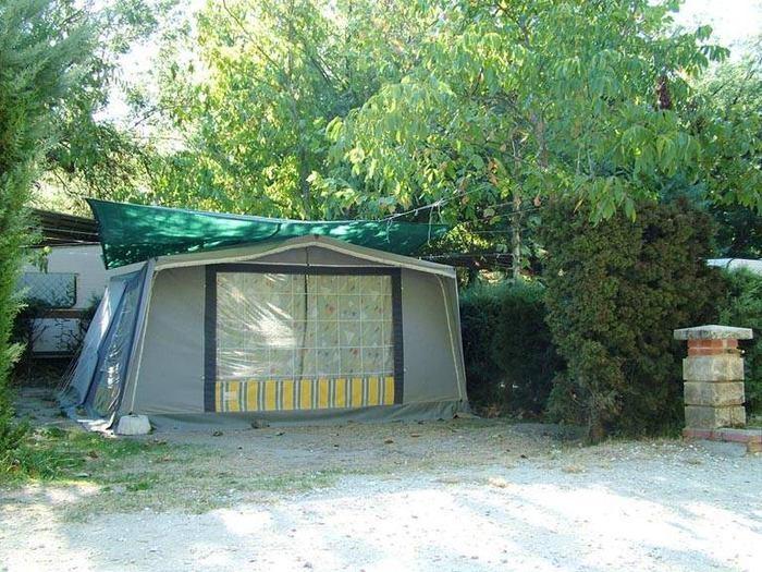 Camping-Prados-Abiertos-Gredos-zona-acampada-2