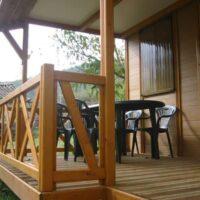 Camping Prados Abiertos en Gredos bungalow entrada