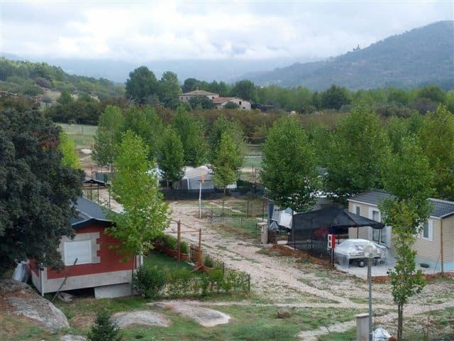 Camping-Prados-Abiertos-Gredos-Parcelas-grandes