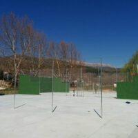 Camping Prados Abiertos en Gredos pista de tenis