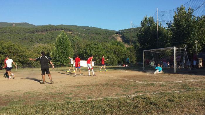 Camping-Prados-Abiertos-Gredos-Futbol